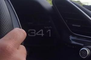 341 km/h w Ferrari 488 GTB na drodze publicznej [wideo]