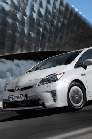 Toyota sprzedała już ponad 8 milionów hybryd na całym świecie!