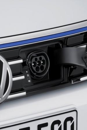 Koncern Volkswagena chce wprowadzić co najmniej 20 hybryd i aut elektrycznych przez najbliższe 5 lat