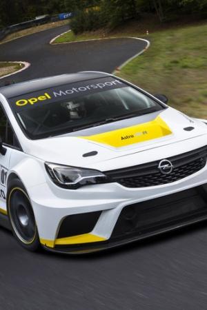 Opel Astra TCR (2015) gotowy na wyścigi samochodów turystycznych