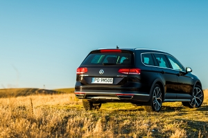 Volkswagen Passat Alltrack DSG 2.0 TDI 240