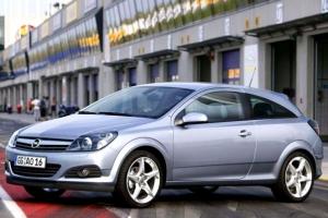 Opel Astra H (2004-2010) – wady, problemy, usterki i zalety modelu