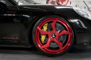 Tuning Porsche 911 Turbo S w stylu ninja