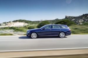 Oto nowy Mercedes-Benz Klasy E Kombi – zdjęcia, silniki i dane techniczne