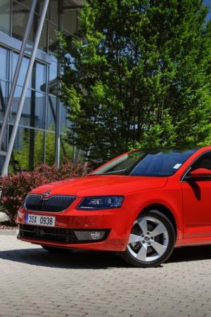 Škoda Octavia (2017) - 1.0 TSI pod maską i zestaw nowych akcesoriów