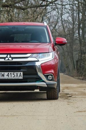 Nowy Mitsubishi Outlander 2.0 4WD CVT - zdjęcia