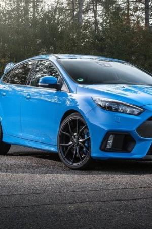 Ile naprawdę trzeba zapłacić za Forda Focusa RS i gdzie go kupić?