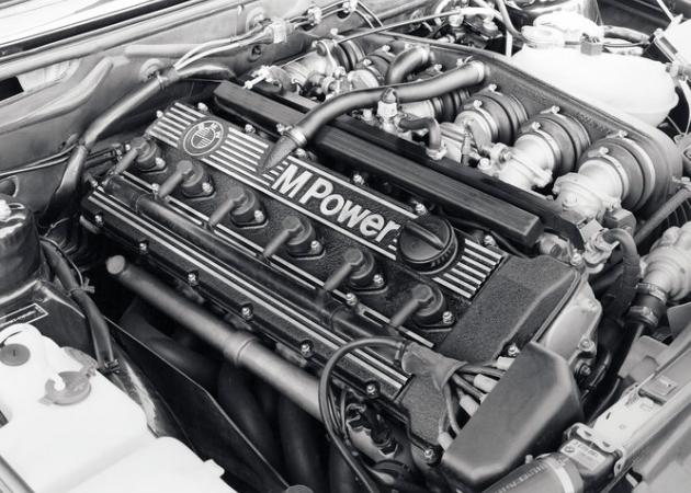 Wymiana silnika – ile kosztuje, kiedy warto, a kiedy nie?