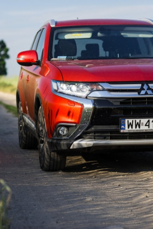 Mitsubishi Outlander 2.2 DID AT 4WD Intense Plus – test [wideo]