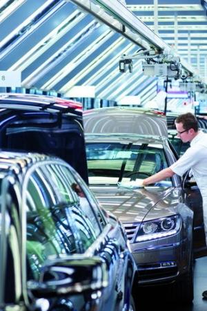 Volkswagen zlikwiduje 23 tysiące miejsc pracy