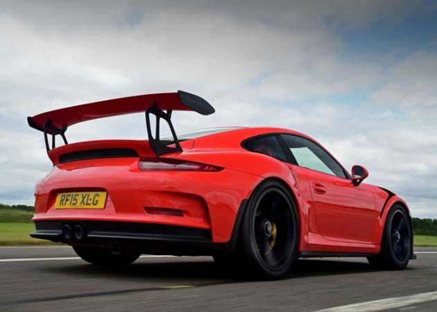 Nowe Porsche 911 GT3 dostanie silnik o mocy 500 KM i manual