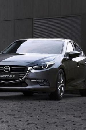 Odświeżona Mazda 3 wjeżdża do polskich salonów