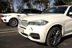 BMW X5 M50d rzuca rękawice Range Roverowi Sport [WIDEO]