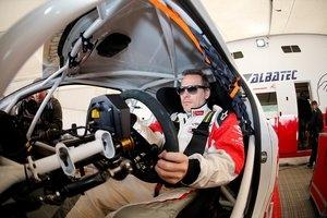 """Jacques Villeneuve: """"Zatrudnienie Verstappena to najgorsza rzecz w F1"""