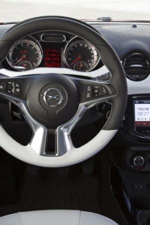 Opel Adam Rocks – na bezdroża nie wyjedzie, ale wygląda stylowo