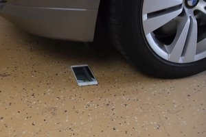 BMW kontra iPhone 6 Plus [wideo]