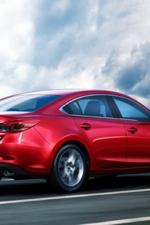 Mazda 6 po faceliftingu. Najmniej zmieniło się nadwozie