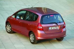 Honda Jazz (2002-2008), czyli proste i przestronne auto. Oto jego wady i zalety