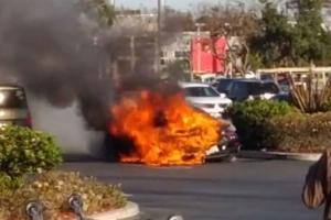Porsche 911 Turbo S w płomieniach [wideo]