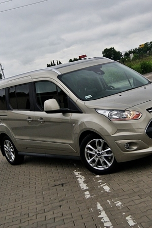 Ford Grand Tourneo Connect 1.6 TDCI - to już nie dostawczak