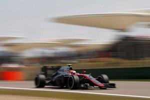 W sezonie 2017 Formuły 1 nadal będą jednostki hybrydowe V6